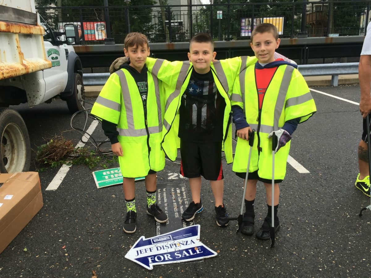 Group of 3 Boy Volunteers